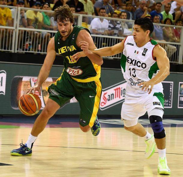 Cae Tri de basquet en su debut mundialista