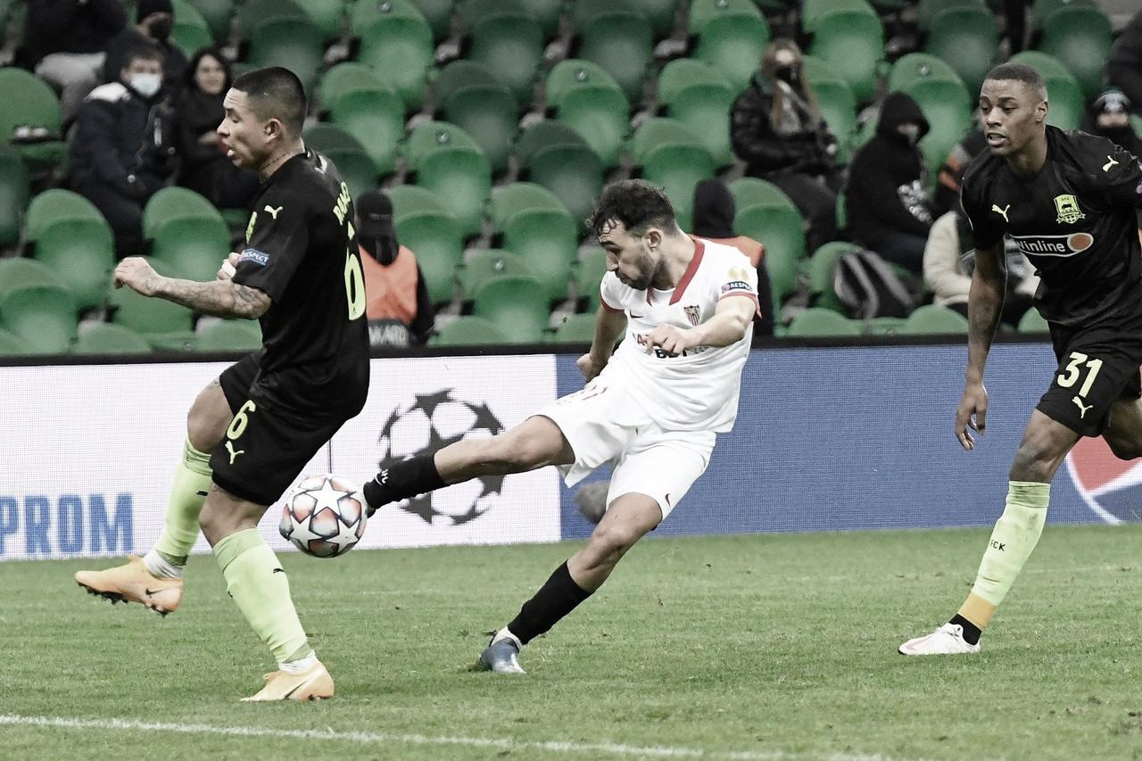 Munir tirando el disparo del gol. Foto de Twitter: @SevillaFC