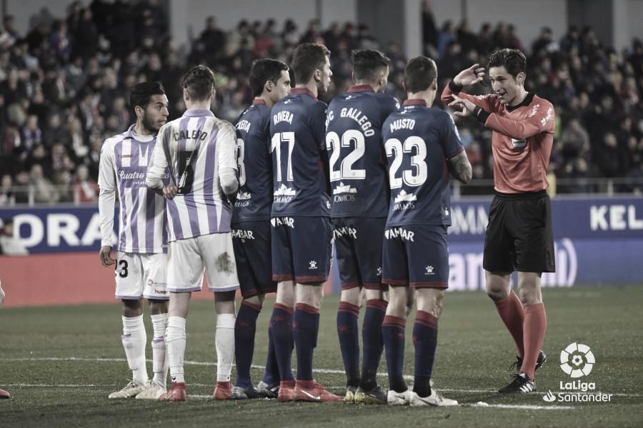 El Real Valladolid no ha ganado con Munuera Montero esta temporada
