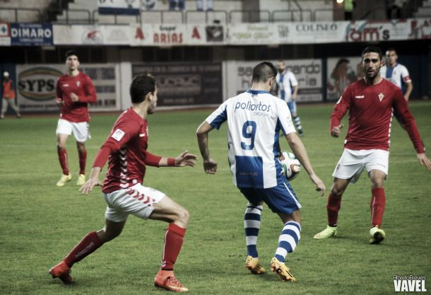 Real Murcia - Real Avilés: tres puntos balsámicos