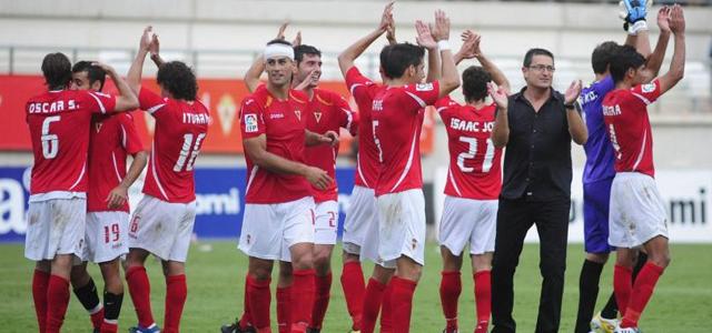 El Real Murcia consigue la permanencia en Segunda División