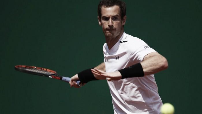 Tomic desiste e Murray avança em Barcelona