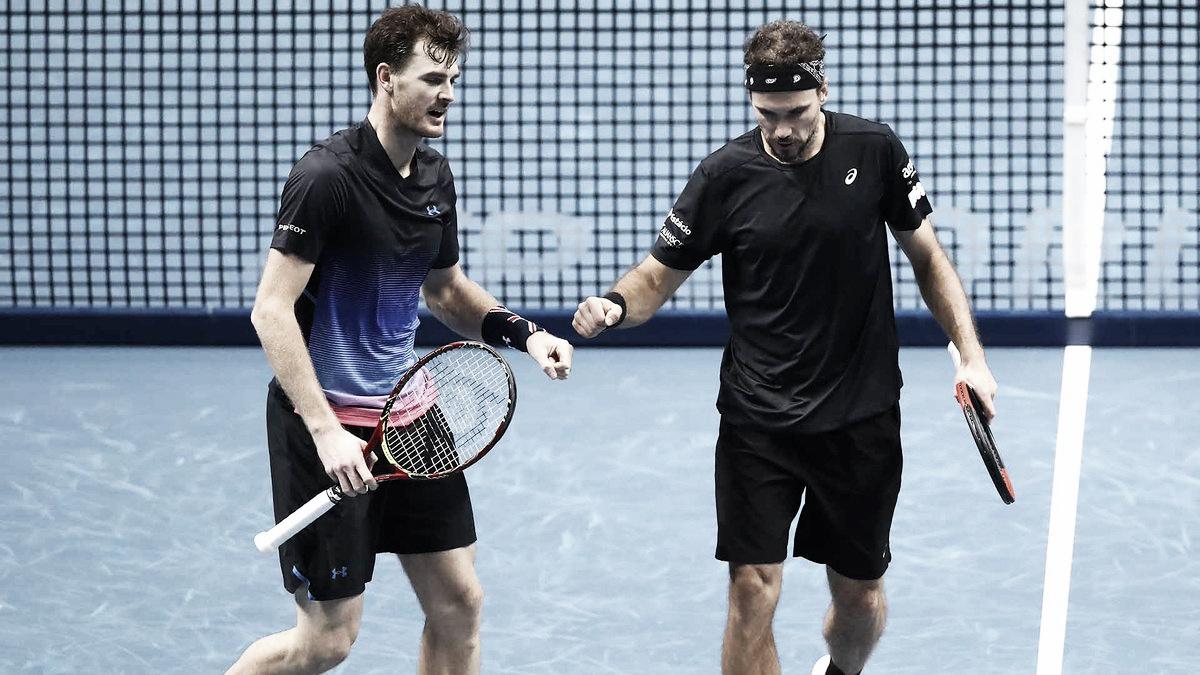 Murray/Soares viram sobre bicampeões Kontinen/Peers e mantém 100% no Finals