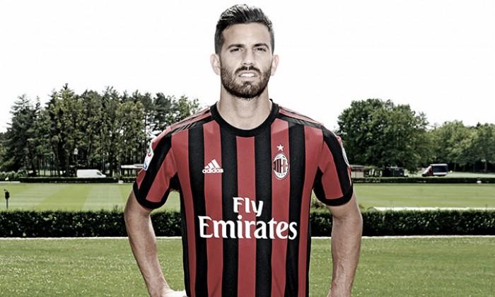 Milan oficializa contratação do zagueiro Mateo Musacchio, ex-Villarreal