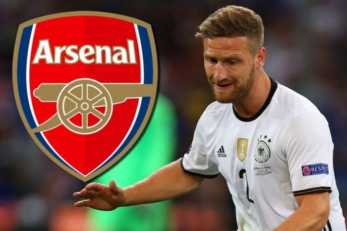 Accostato al Napoli, Mustafi all'Arsenal per 30 milioni. L'agente conferma