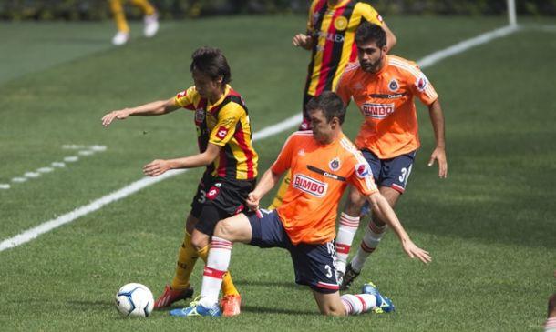 Resultado Chivas - Leones Negros (1-1)