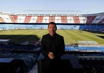 El Atlético de Madrid se presenta ante su público en el Vicente Calderón