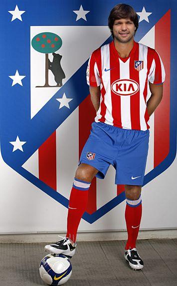 Diego Ribas confirma que maneja una oferta del Atlético