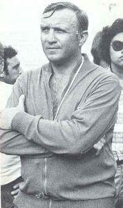 """José Emilio Santamaría, entrenador del Espanyol de los """"cinco delfines"""""""