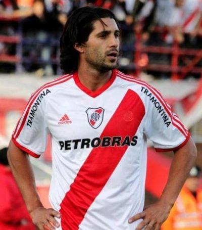 El 'Chori' Domínguez llega a Vallecas