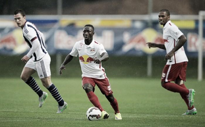 Meia guineense Naby Keita assina por quatro temporadas com o RB Leipzig