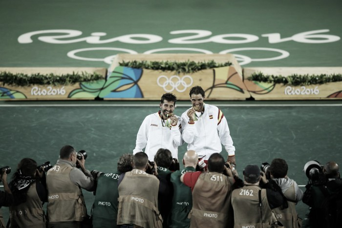 Rafael Nadal e Marc Lopez derrotam romenos e conquistam o ouro na Rio 2016