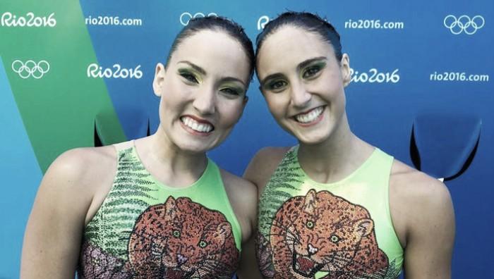 Homenageando a Amazônia, dupla brasileira termina o primeiro dia do nado sincronizado na 13ª colocação