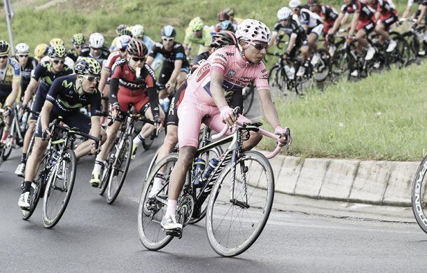 """Gorka Izagirre: """"Nairo estuvo a punto de bajarse de la bici"""""""