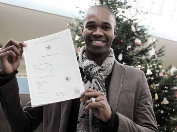 Naldo becomes a German citizen