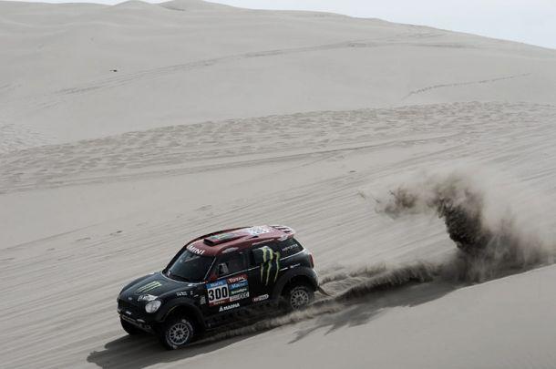Dakar 2015, Nani Roma vince la nona tappa. Mardeev precede Nikolaev tra i camion