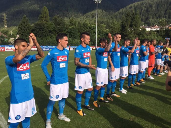 Highlights Napoli-Anaunia 17-0: show di Mertens, tripletta per Milik