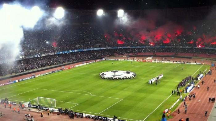"""Napoli, il """"San Paolo"""" è il tuo fortino"""