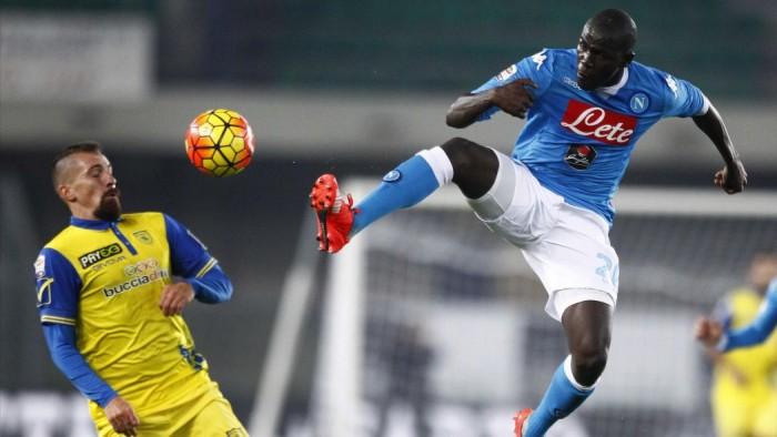 Napoli - Chievo Verona, aria di Serie A a Trento