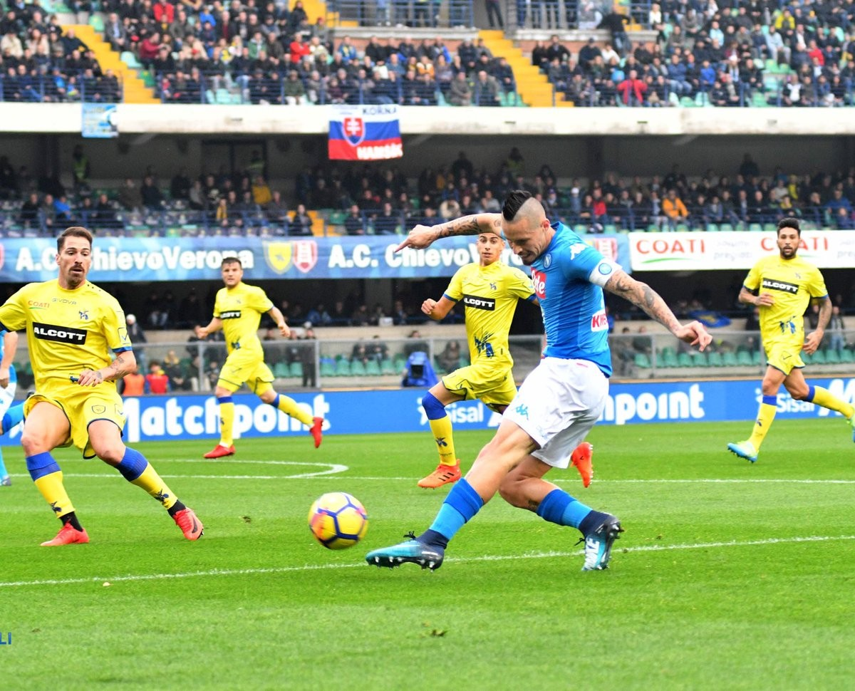 Serie A, le formazioni ufficiali di Napoli - ChievoVerona