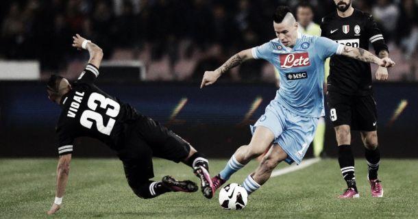 Em clássico de muita rivalidade, Napoli e Juventus se enfrentam neste domingo