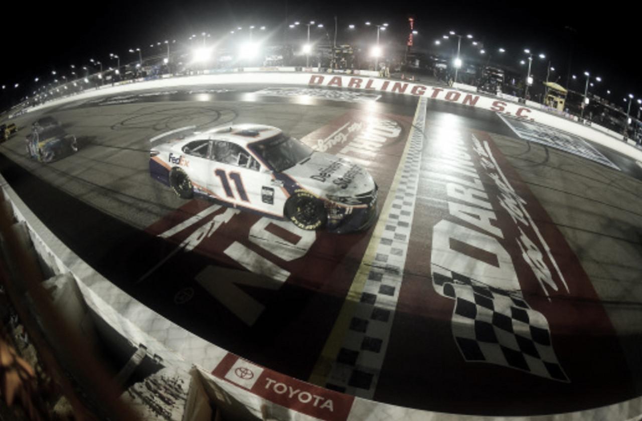 NASCAR Cup: Hamlin gana en Darlington