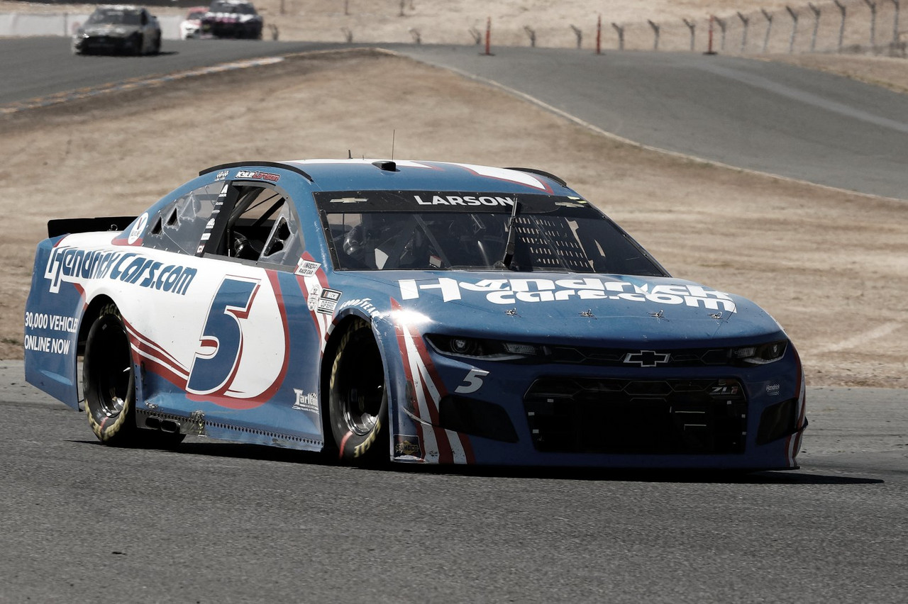 NASCAR Cup: Larson dominó en Sonoma