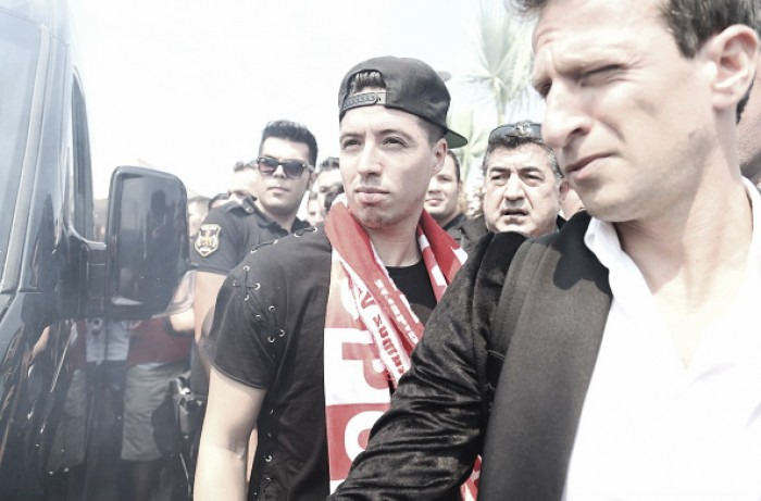 Samir Nasri deixa Manchester City e assina pelo Antalyaspor