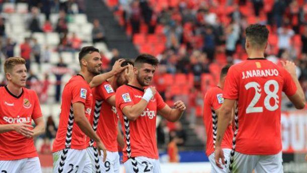 Las individualidades del Nàstic superan a un buen Bilbao Athletic