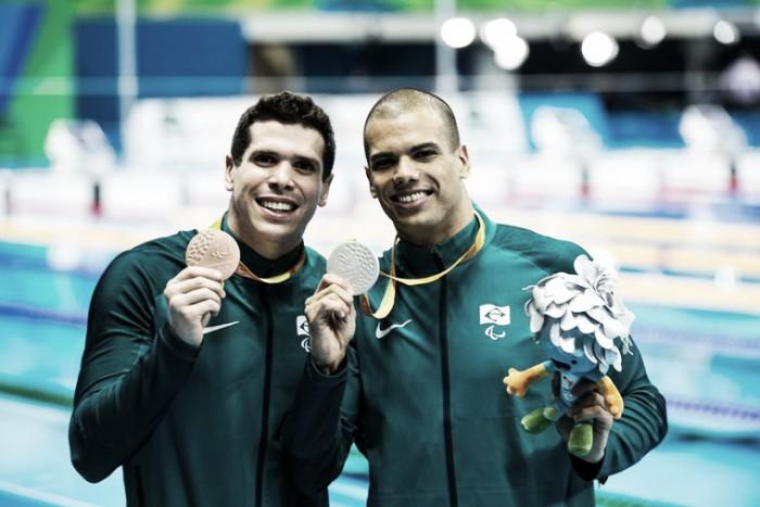 Brasil conquista prata e bronze em dobradinha nos 100m livre com André Brasil e Phelipe Rodrigues