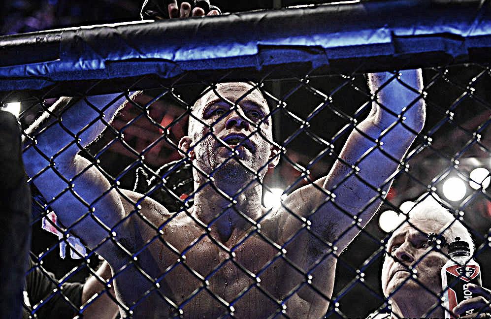 UFC 241: Volvió, conquistó y ya llama a su próximo antagonista