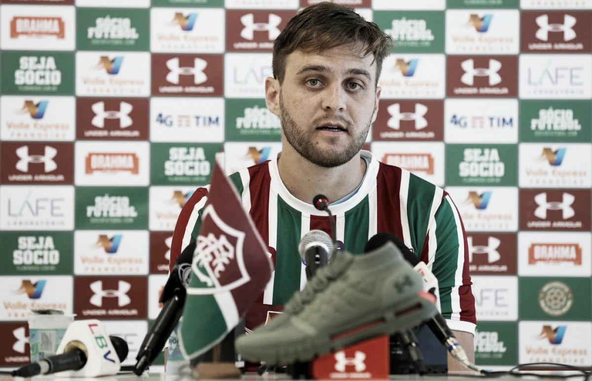 Zagueiro Nathan Ribeiro é apresentado no Fluminense e sonha com Seleção Brasileira