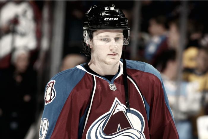 MacKinnon, el héroe que los Avalanche necesitan