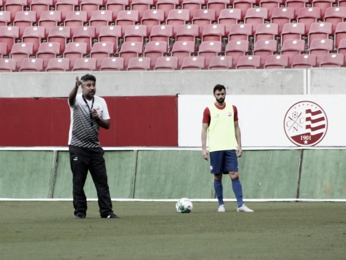 Náutico encerra preparação e Gallo sinaliza mudanças para jogo diante do Avaí