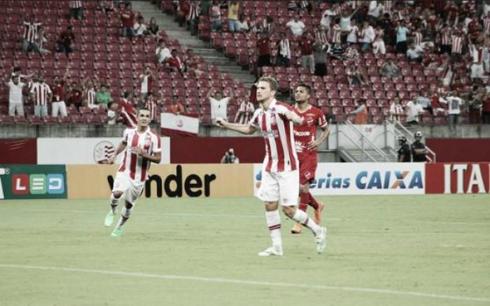 Náutico bate Vila Nova em jogo dramático e conquista primeira vitória na Série B