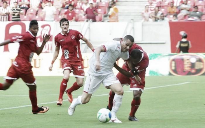Após ser derrotado na estreia, Náutico visa primeira vitória na Série B diante do Vila Nova