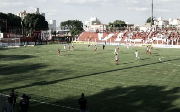 Náutico mostra forças no segundo tempo, derrota Vila Nova e volta a vencer na Série B