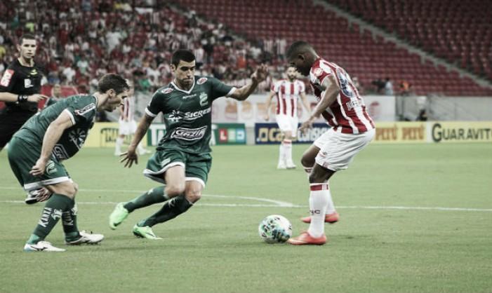 Náutico faz dever de casa vencendo Luverdense com gol contra e encosta no G-4