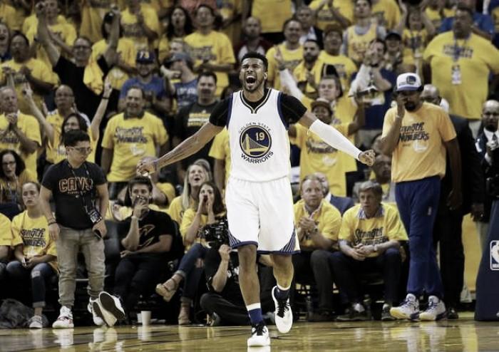 Leandrinho deixa Warriors após duas temporadas e acerta retorno ao Phoenix Suns por dois anos