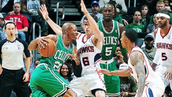 La experiencia de Boston Celtics decanta la balanza ante los Atlanta Hawks en un mal partido (76-79)