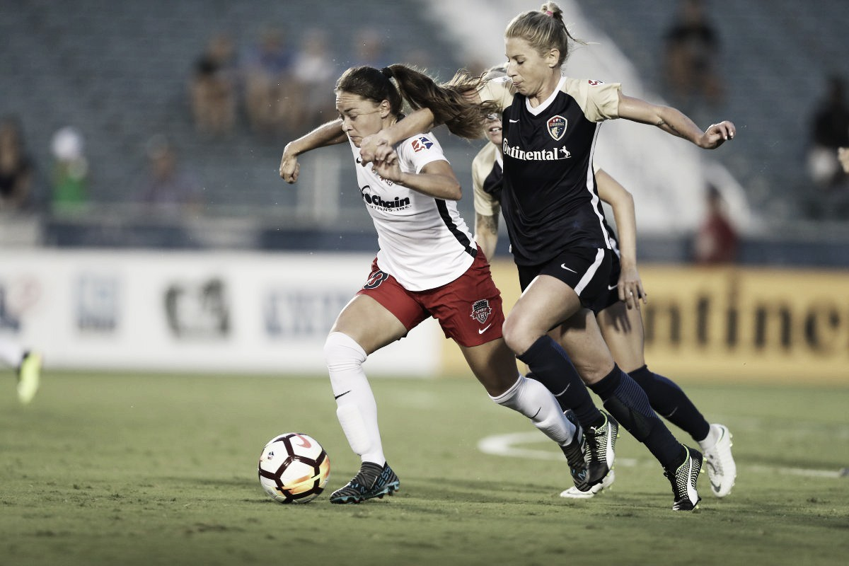 North Carolina Courage stroll past the Washington Spirit