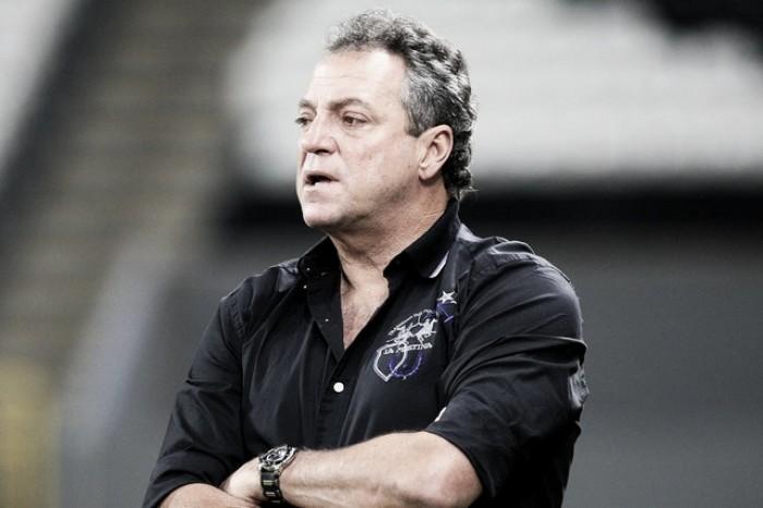 Abel Braga encaminha acerto e será técnico do Fluminense em 2017