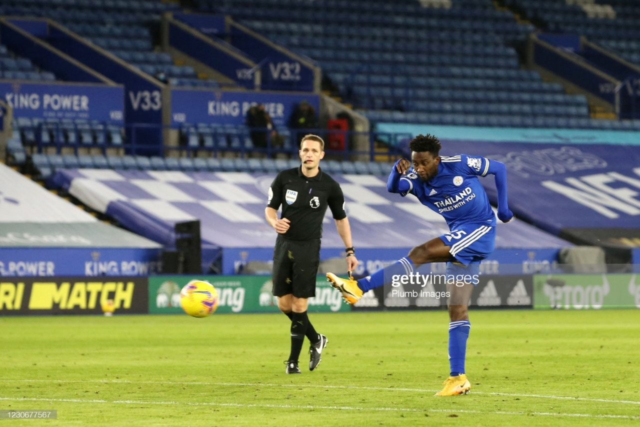 Wilfred Ndidi lets fly for the opening goal in Leicester City's 2-0 win against Chelsea | Photo: Getty/ Plumb Images