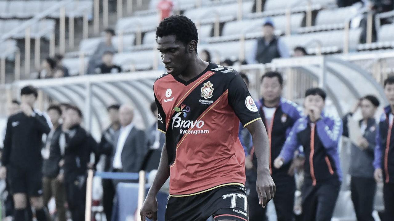 Negueba revela trabalho intenso no Gyeongnam para buscar liderança da K-League Challenge