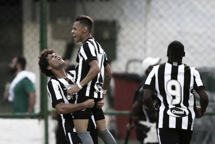 Em partida de muitos erros, Botafogo vence Fluminense com gol solitário de Neílton