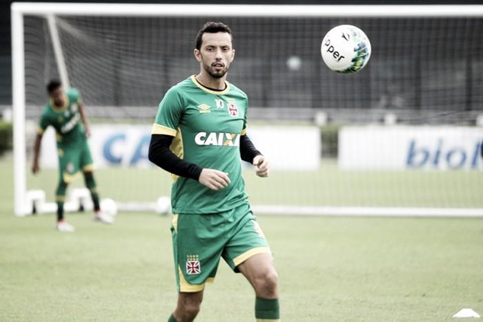 """Nenê revela sondagens do Atlético-MG e foca na Seleção: """"Estou em um nível muito bom"""""""
