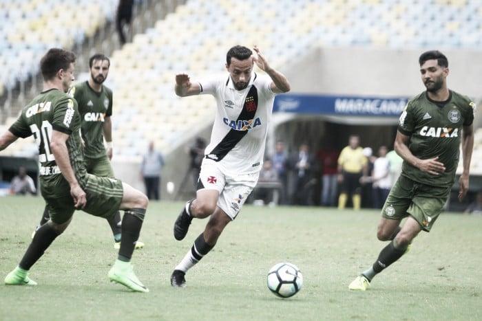 Vasco empata diante do Coritiba e tem sequência de vitórias interrompida no Brasileiro