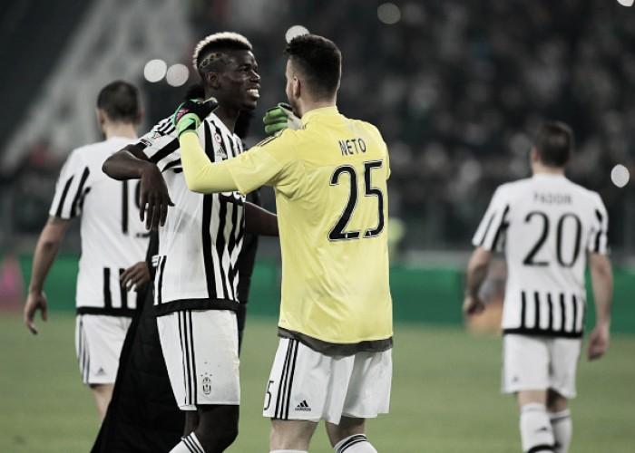 """Goleiro Neto afirma que rumores sobre saída não afetam Pogba na Juventus: """"Ele é muito focado"""""""