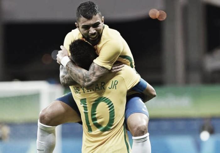 """Neymar fala sobre críticas e comparação com Marta: """"Fico muito feliz"""""""