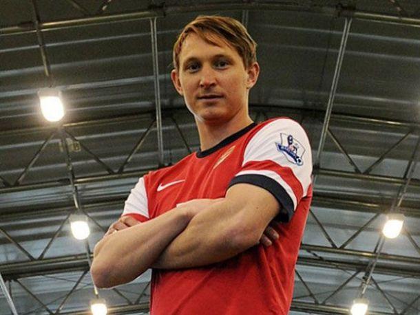 Arsenal anuncia Kim Kallstrom como novo reforço